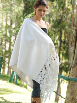Shawl with Macrame Decorations