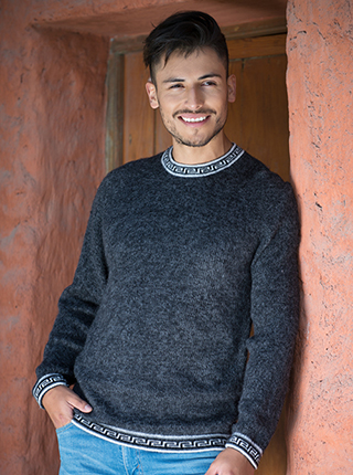 Alpaca Dark Grey Sweater - Chaco