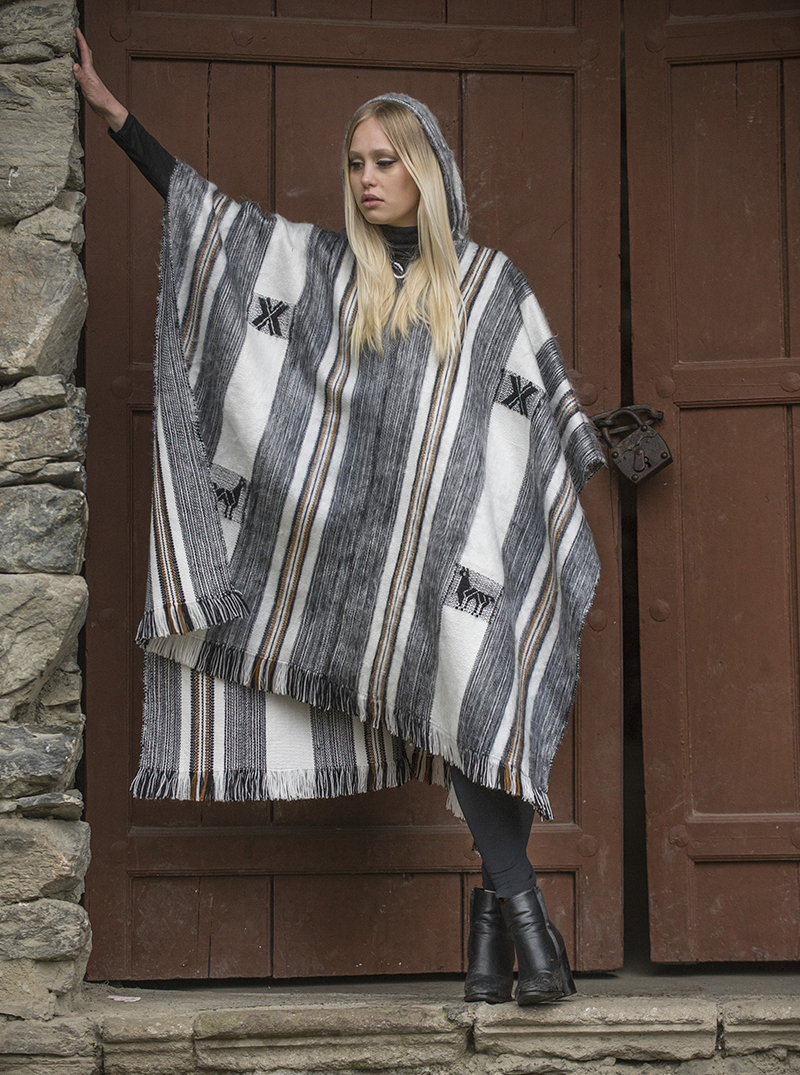 b8b59d3a8 Gray and White Large Alpaca Poncho - Arequipa - Alpaca Mall