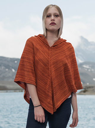 Orange Hooded Alpaca Poncho - Duraznero