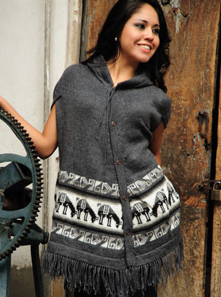 Llamitas Gray Poncho with Hood