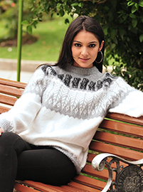 Thick Women Alpaca Sweater - Gray and White
