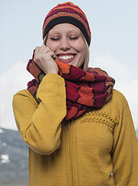Multicolored Waves Scarf and Beanie set